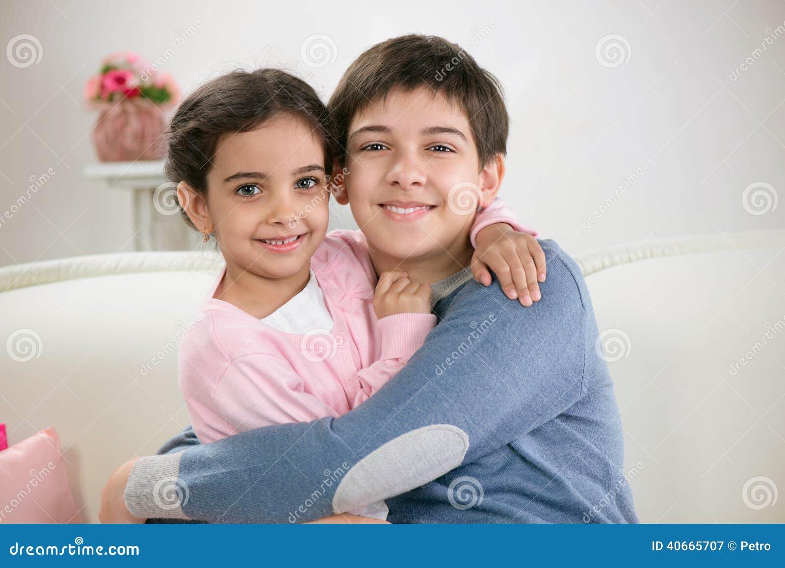 Секс истории брат и двоюродная сестра, Эротические рассказы Моя двоюродная сестренка 26 фотография