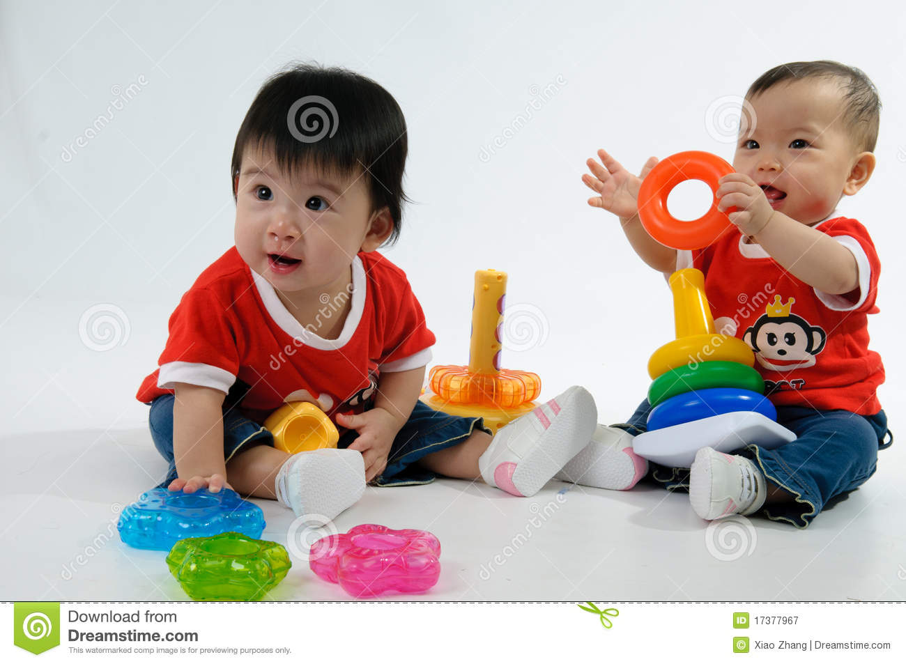 Two Kids Playing Toy Royalty Free Stock Photography - Image: 17377967