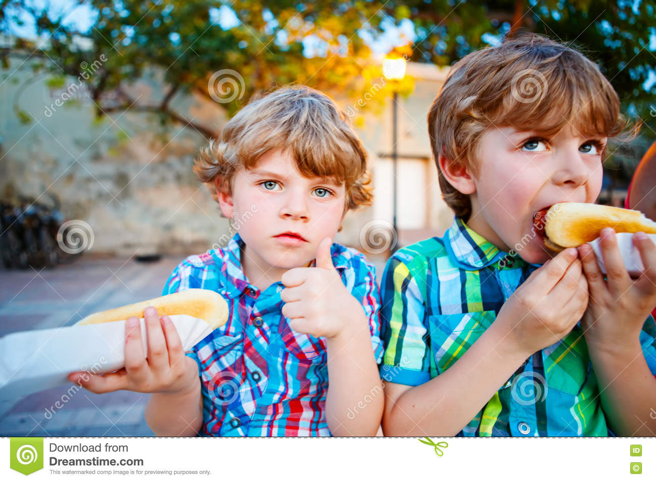 Two Kids Hot Dogs