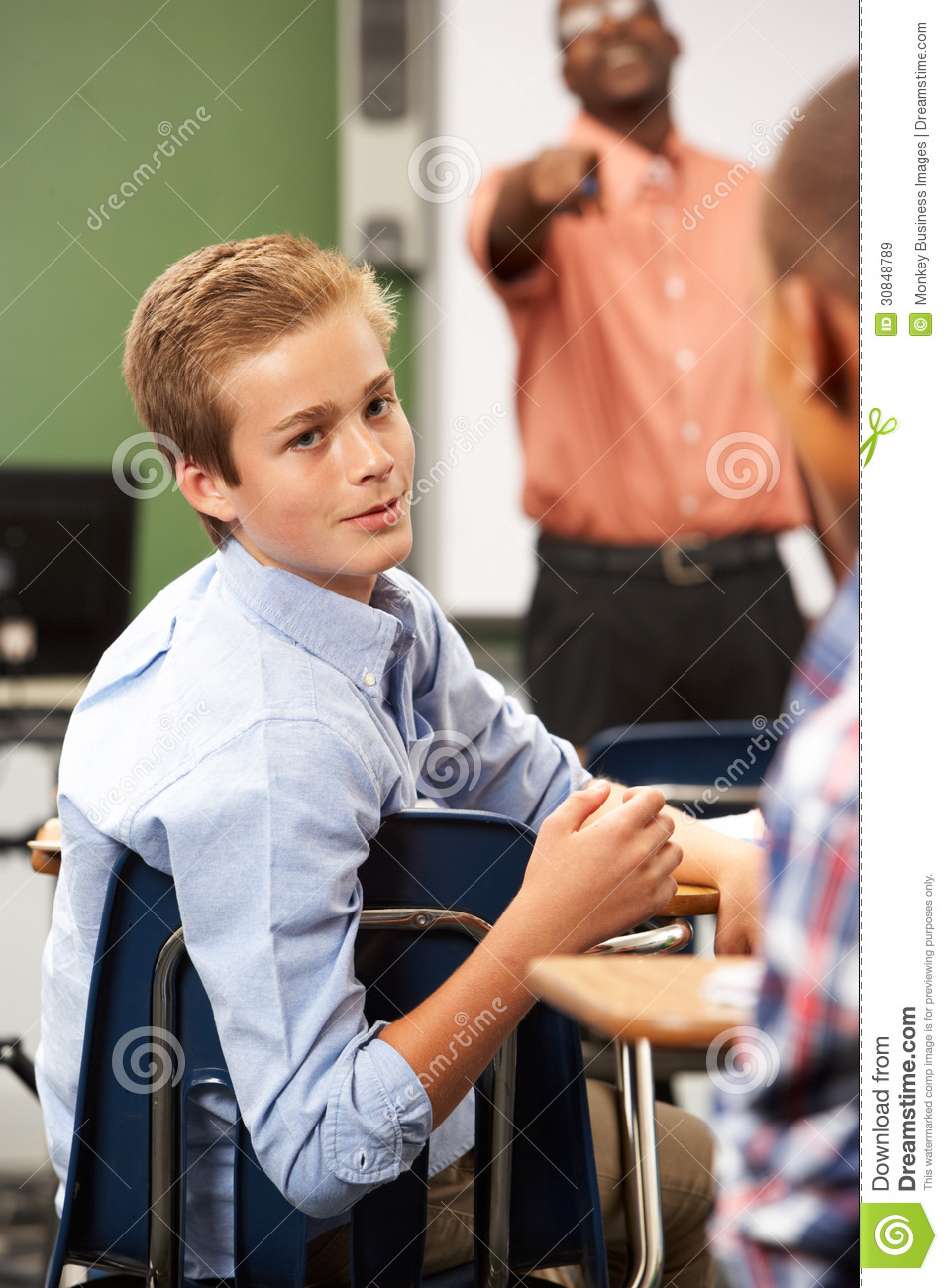 talking in class essay Other students prefer classes where students do some of the talking which type of class do you prefer give specific reasons and examples to support your choice.