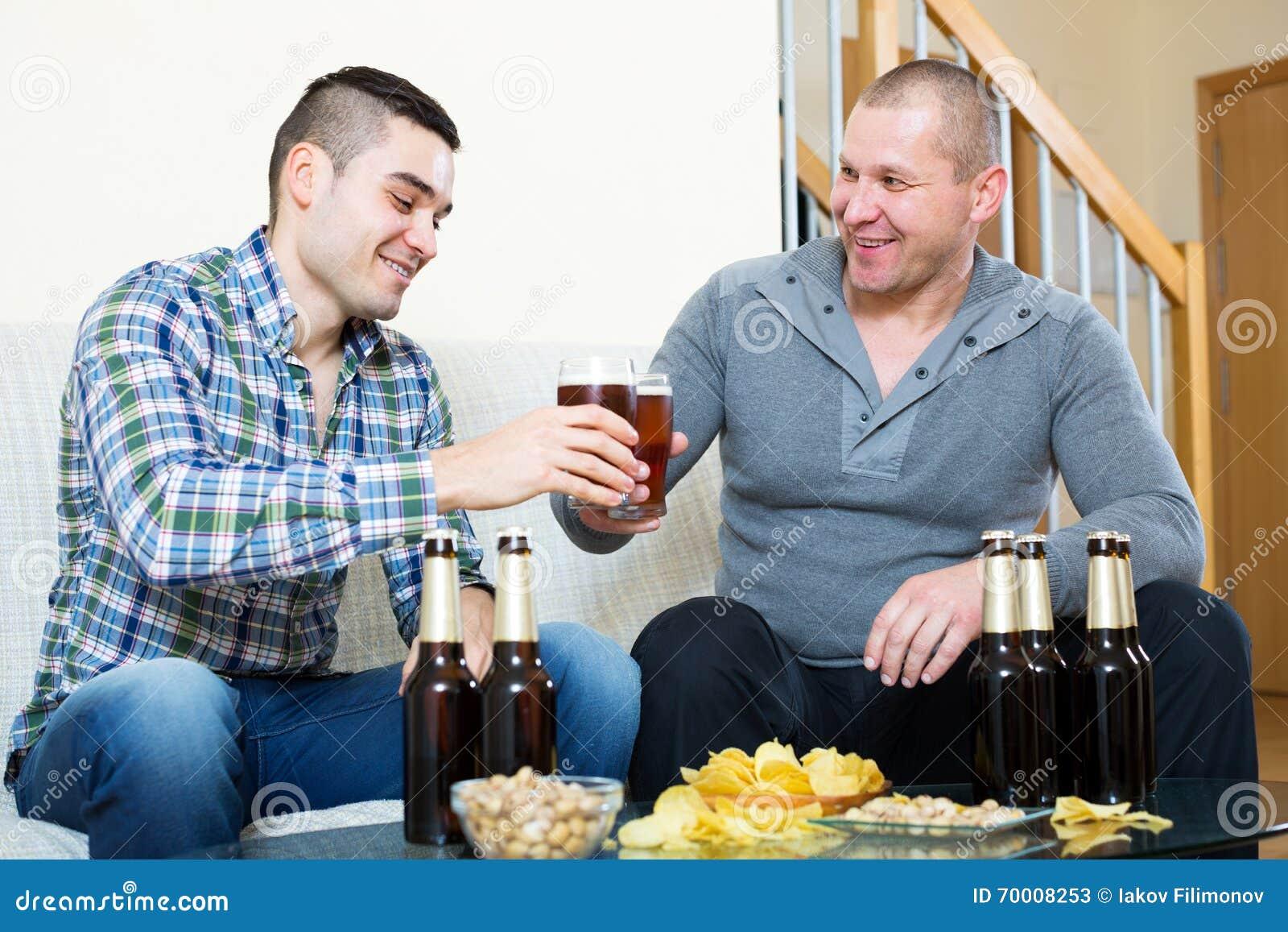 Фотографии двух взрослых мужчин фото 282-6