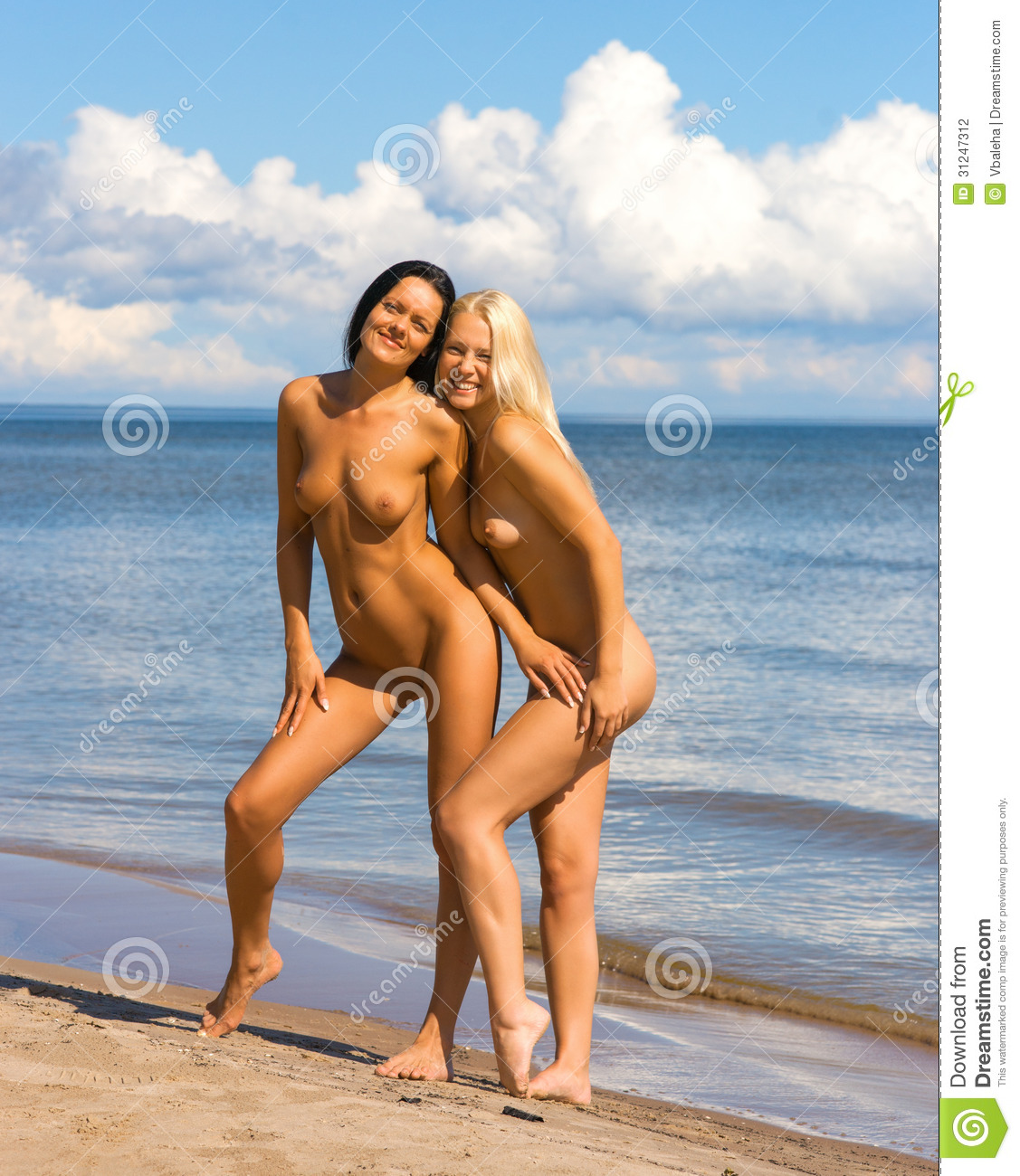 Women nude sun bathing