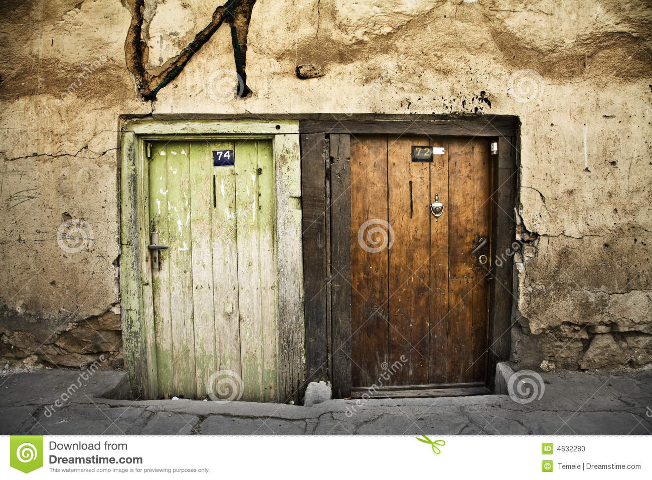 Two old doors stock photo image 4632280 for Puertas viejas