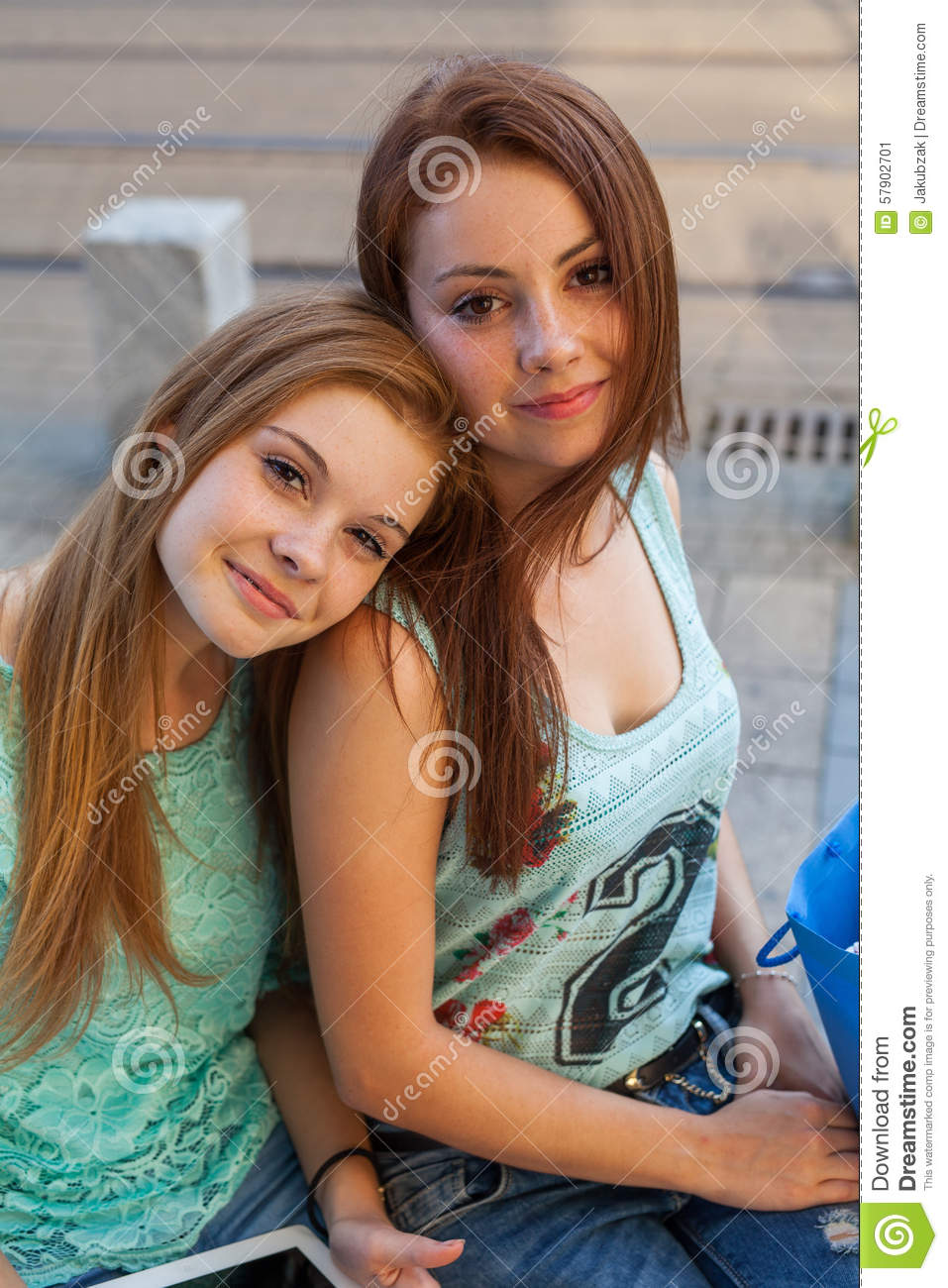 Two Pretty Girls They Re Best Friends Outdoor Photo