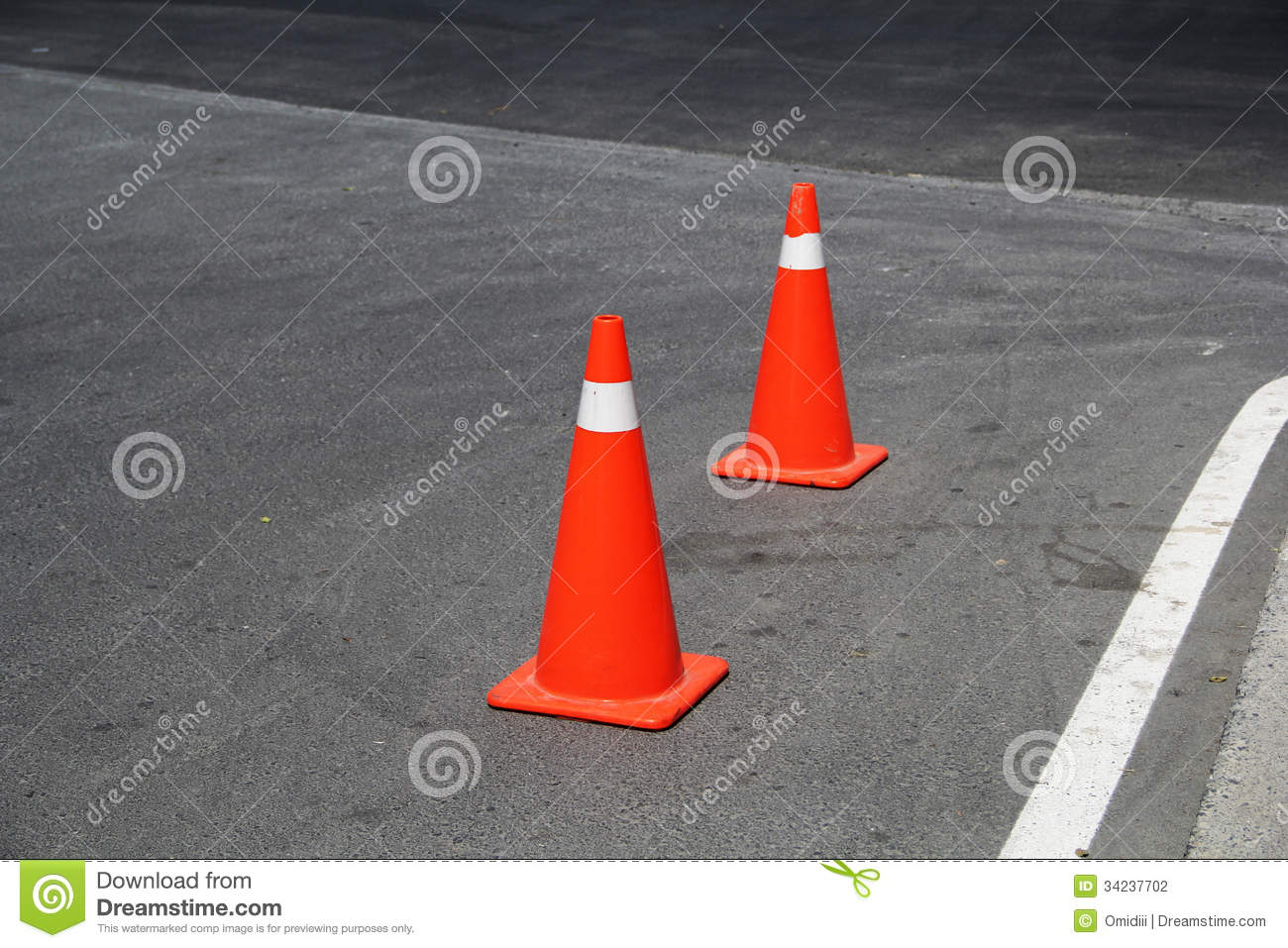 dating a traffic cone Mirror load mobile  is it legal to use traffic cones to  ant mcpartlin ant mcpartlin's estranged wife lisa armstrong 'suspected months ago' he was dating her.