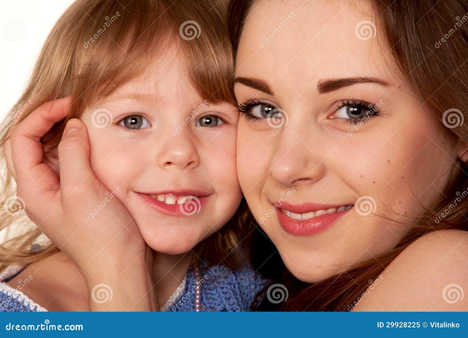 Little sister facial