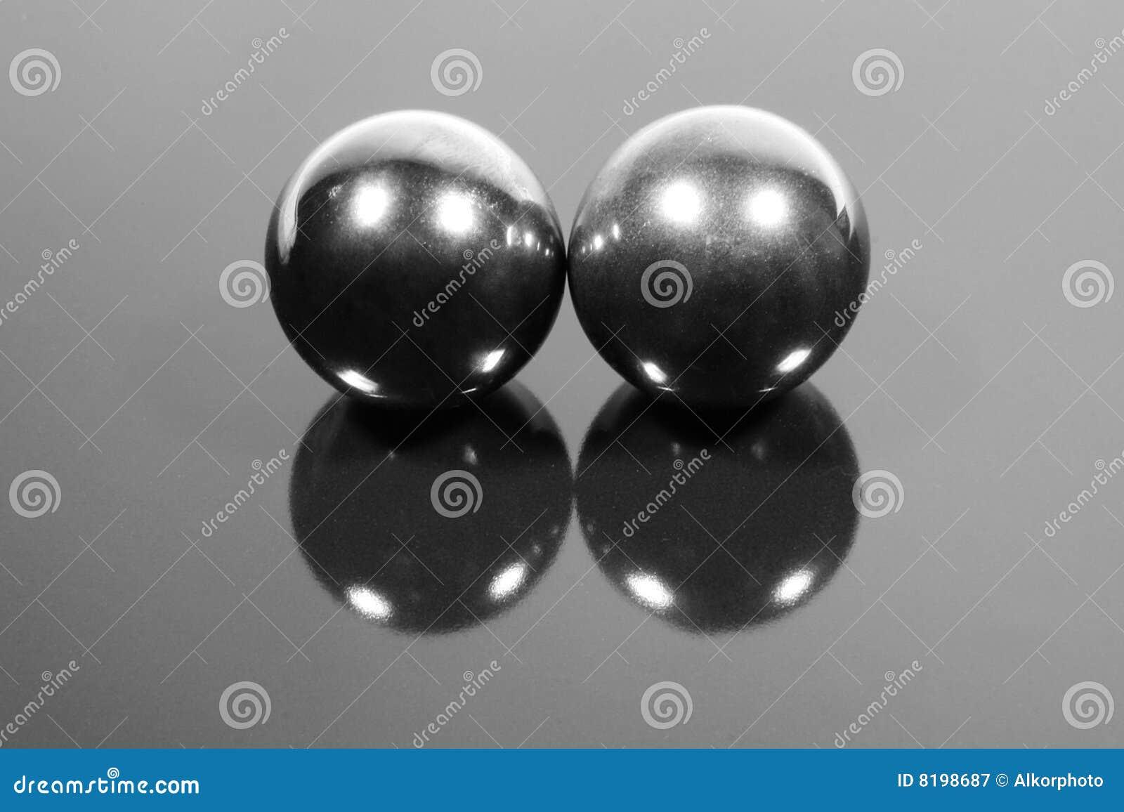 Steel balls royalty free stock photography cartoondealer for Balls of steel