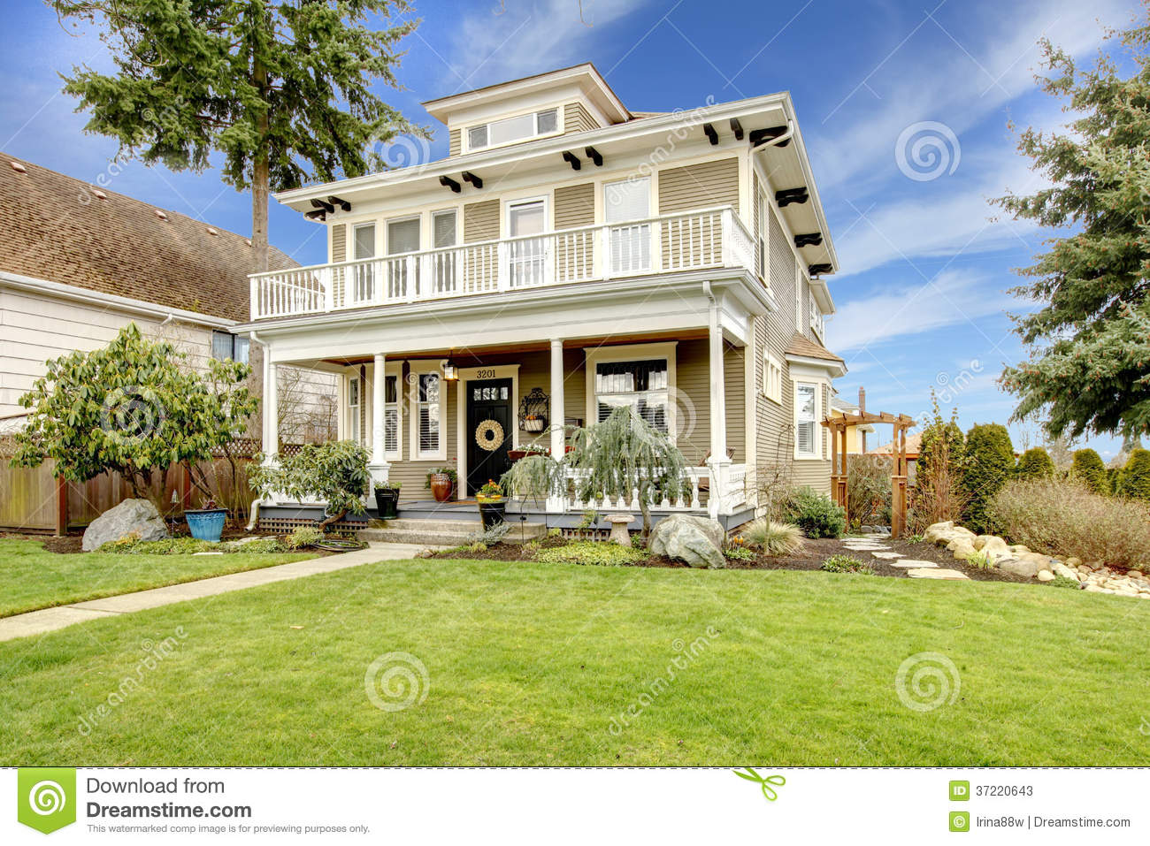 Two story american house with white column porch stock for American classic house