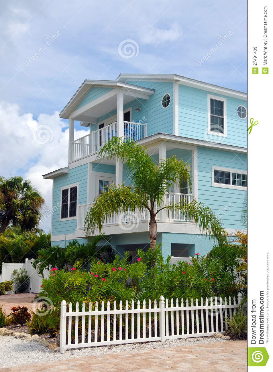 Two story beach house stock photos image 27491403 for Two story beach house