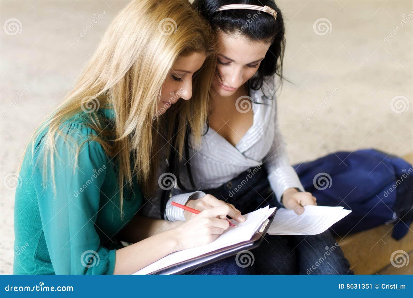 Студентки на экзамене онлайн 20 фотография