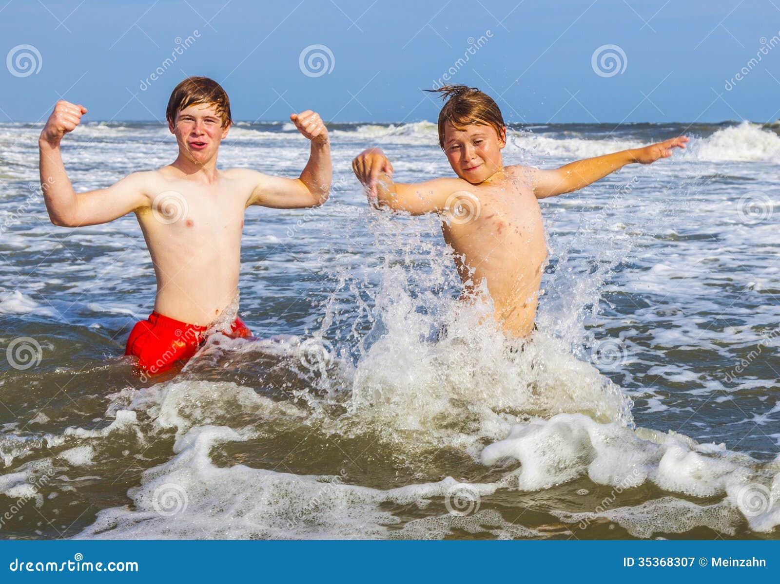 Gay teen boys-6578