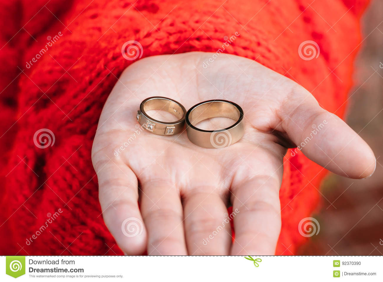 Two Wedding Rings In A Hand Of The Bride Stock Photo - Image of ...