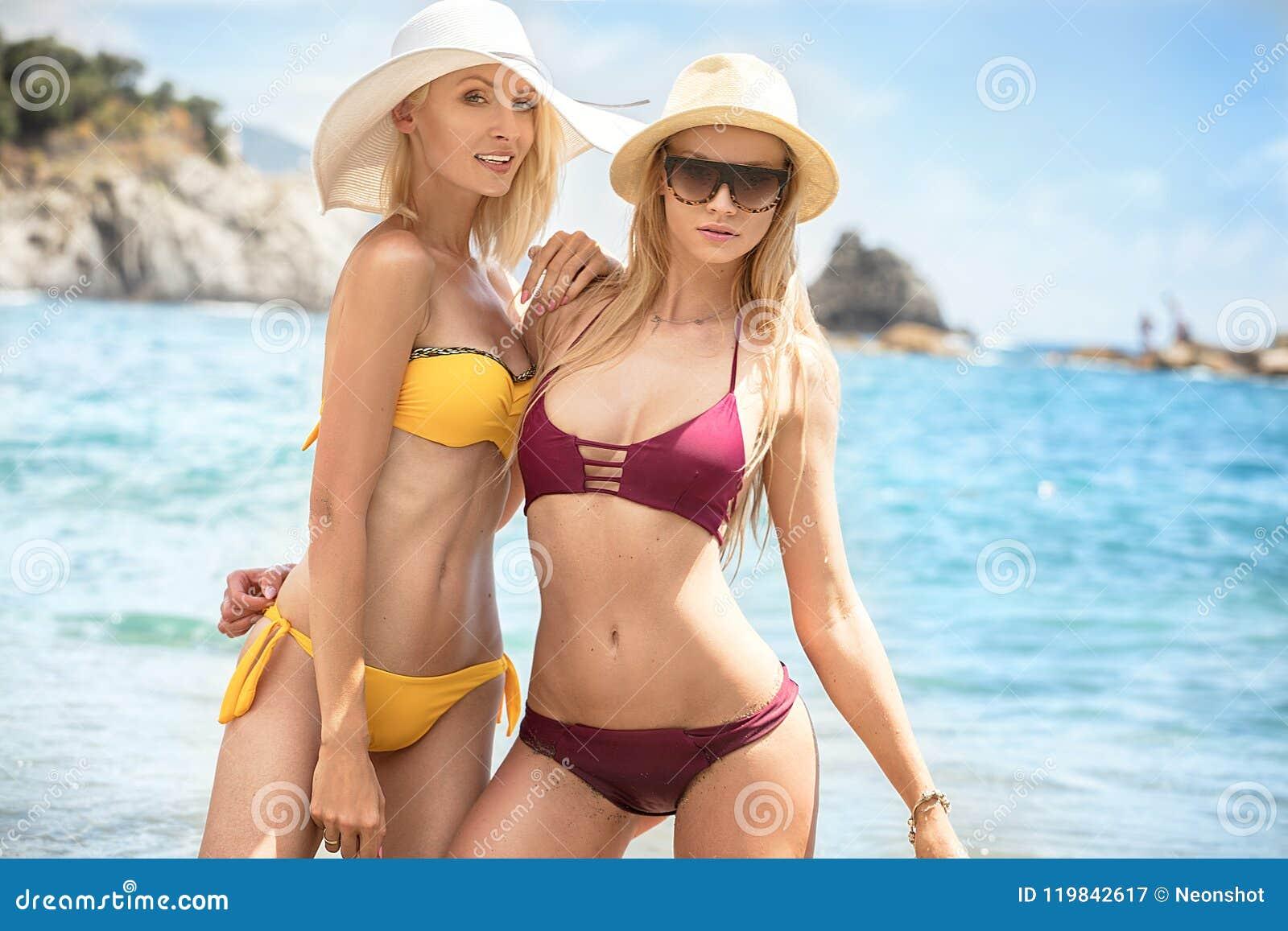 low rise bikini french