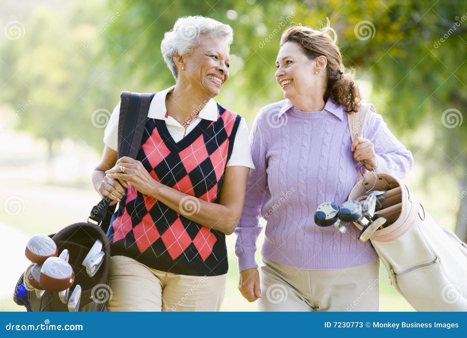 Tycka om modig golf för kvinnligvänner