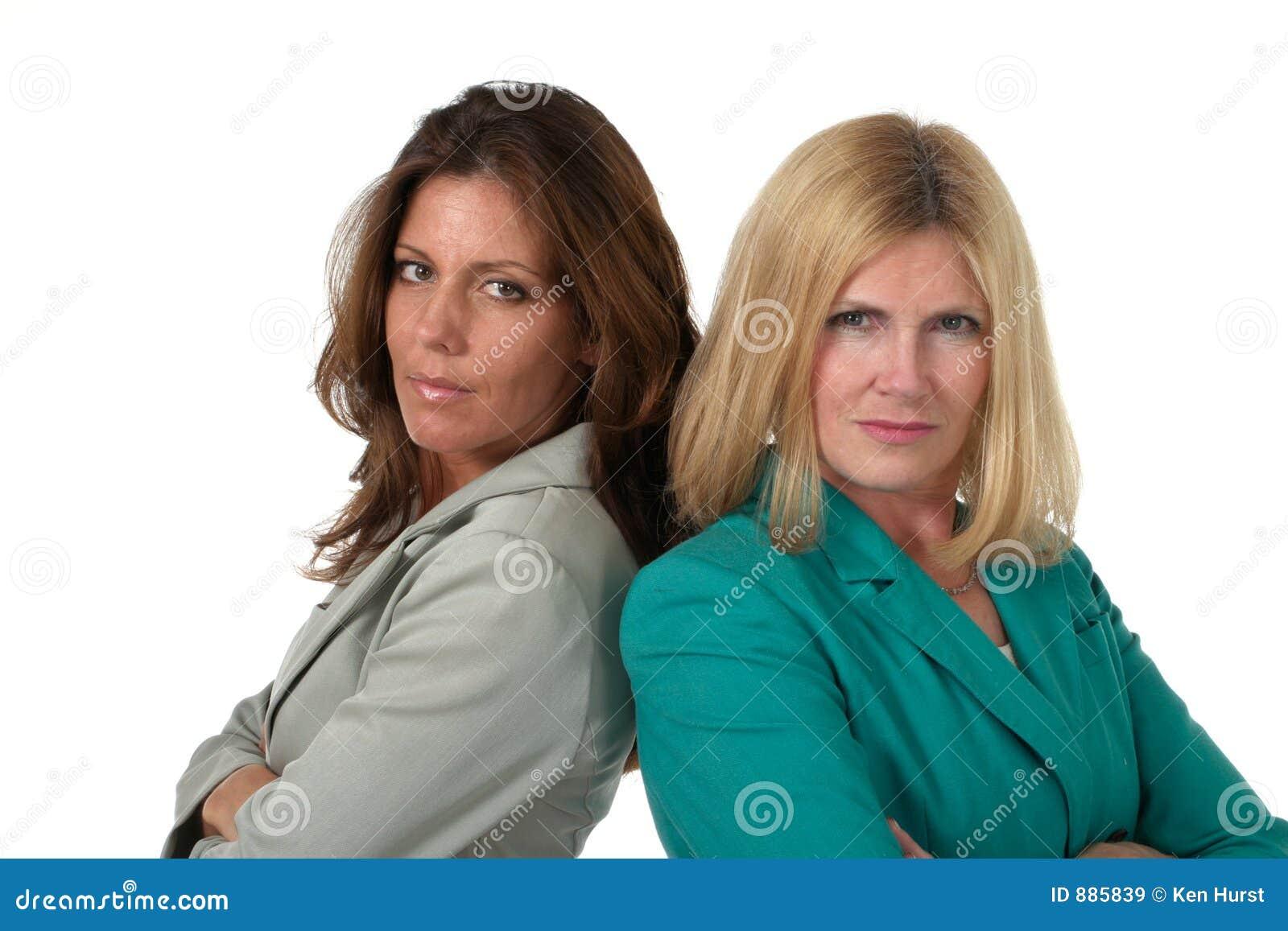Tylne 1 interes dwie kobiety.