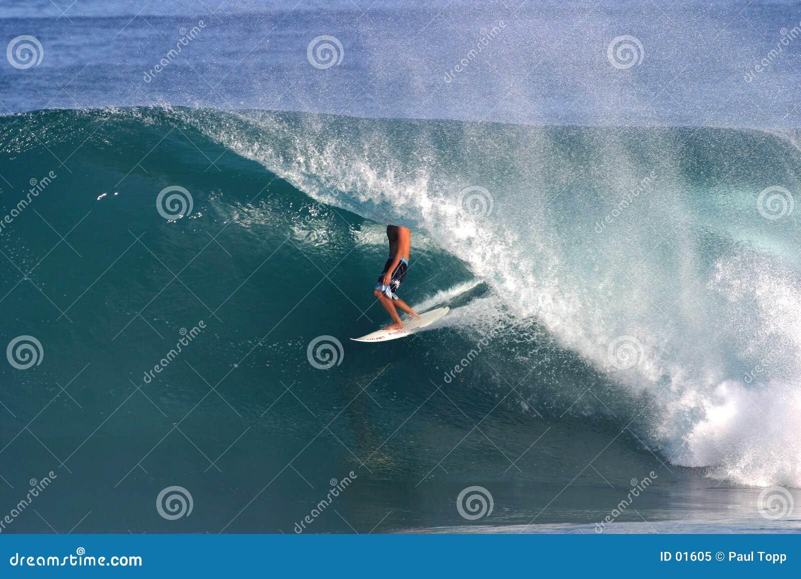 Tylni rurociągów Hawaii surfera surfingu