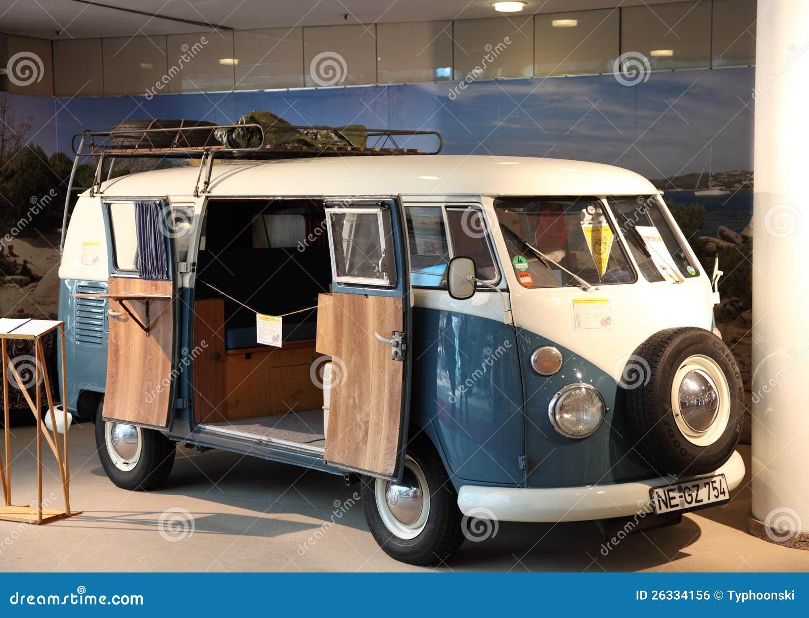 type de volkswagen camping car 2 photo ditorial image 26334156. Black Bedroom Furniture Sets. Home Design Ideas