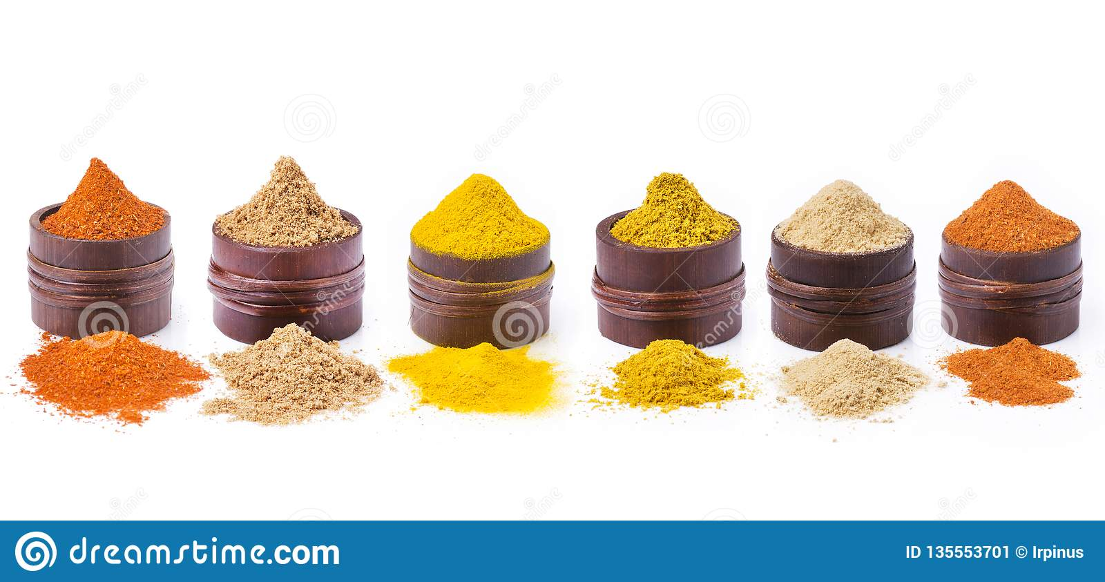 Types of spices, colors and flavors