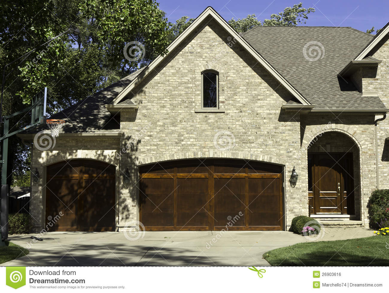 Typical american house with two door garage stock photo for Two door garage