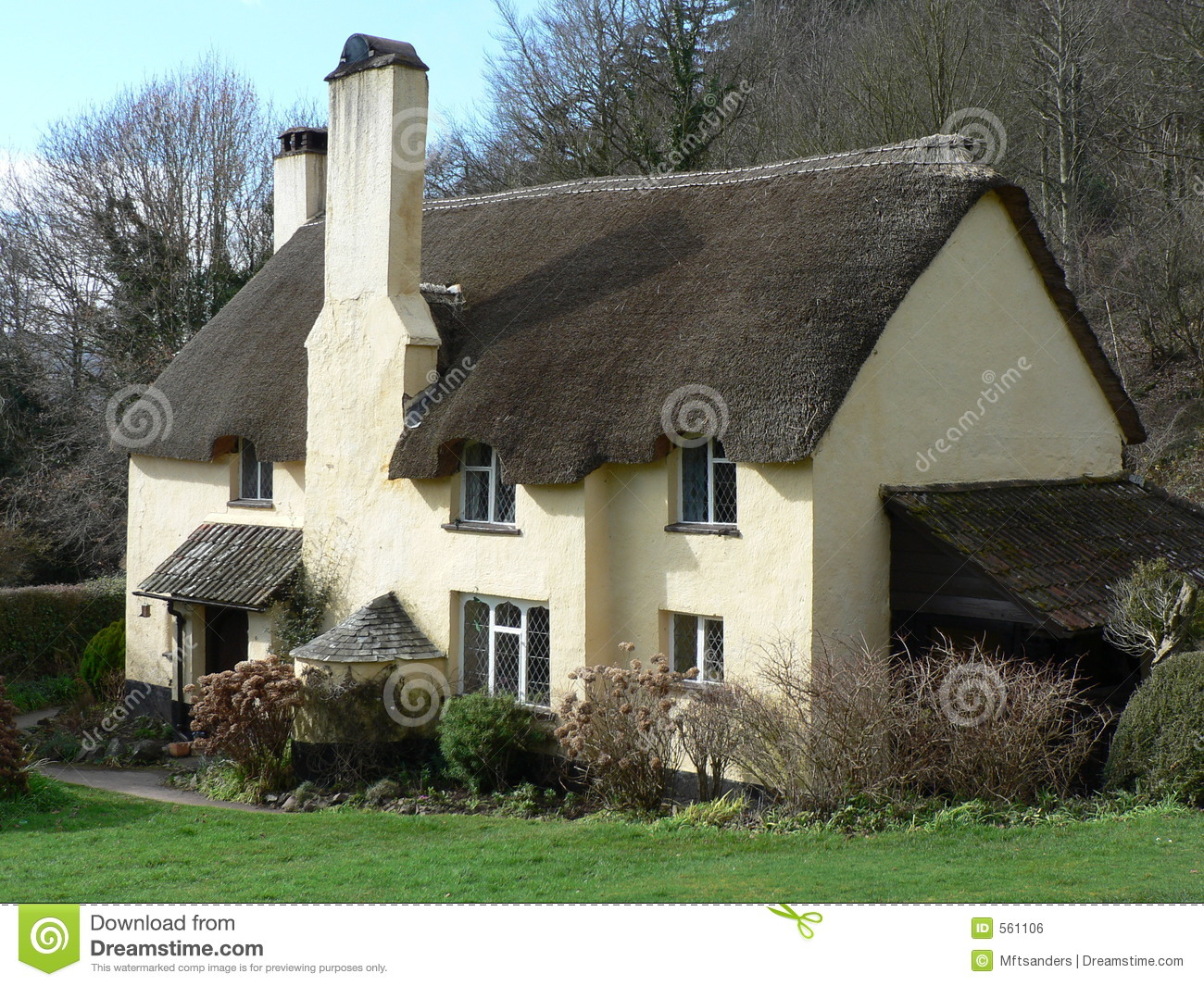 Typical English Thatched Cottage Stock Photo Image Of