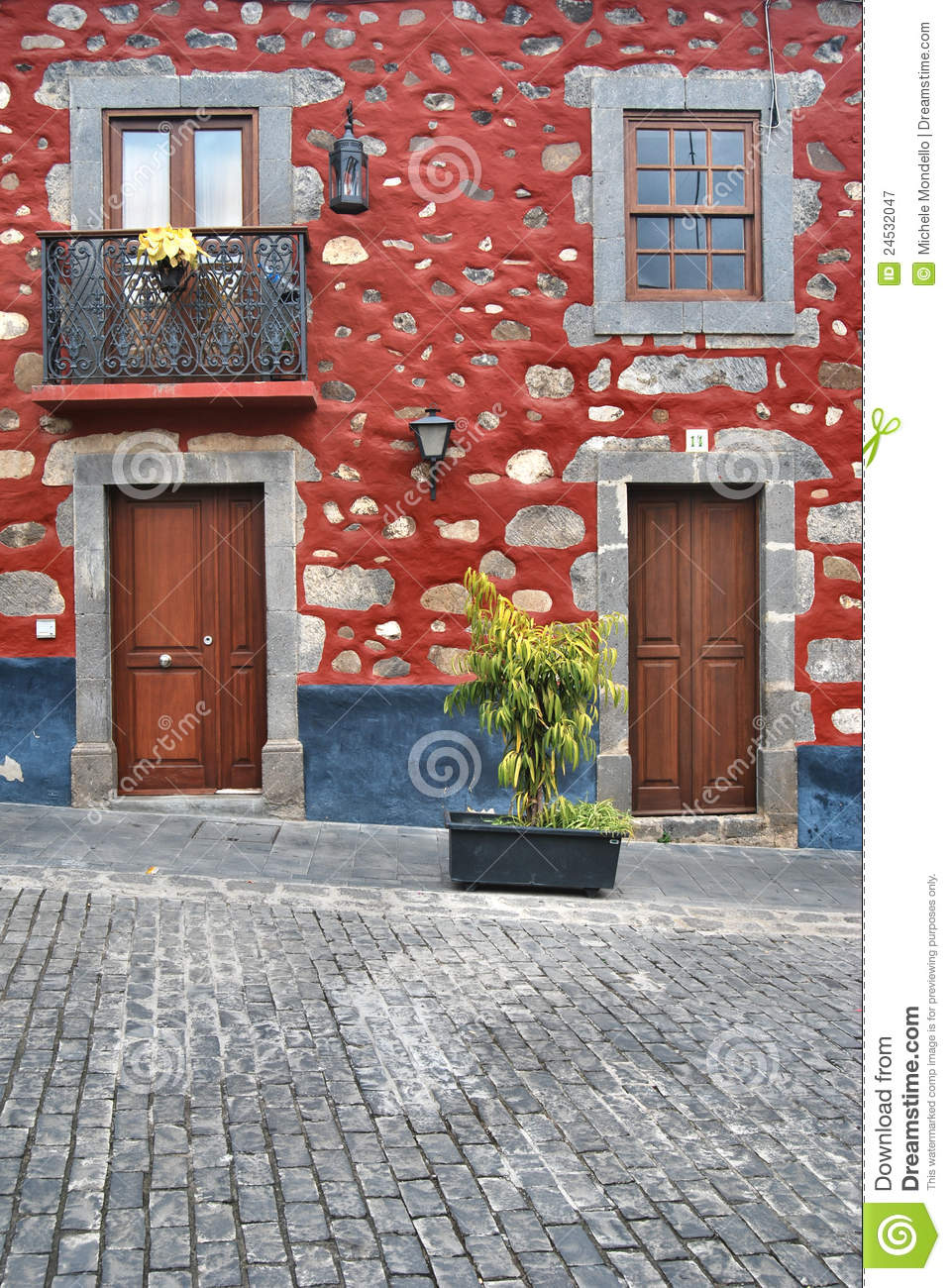Typical house in gran canaria royalty free stock - Houses in gran canaria ...