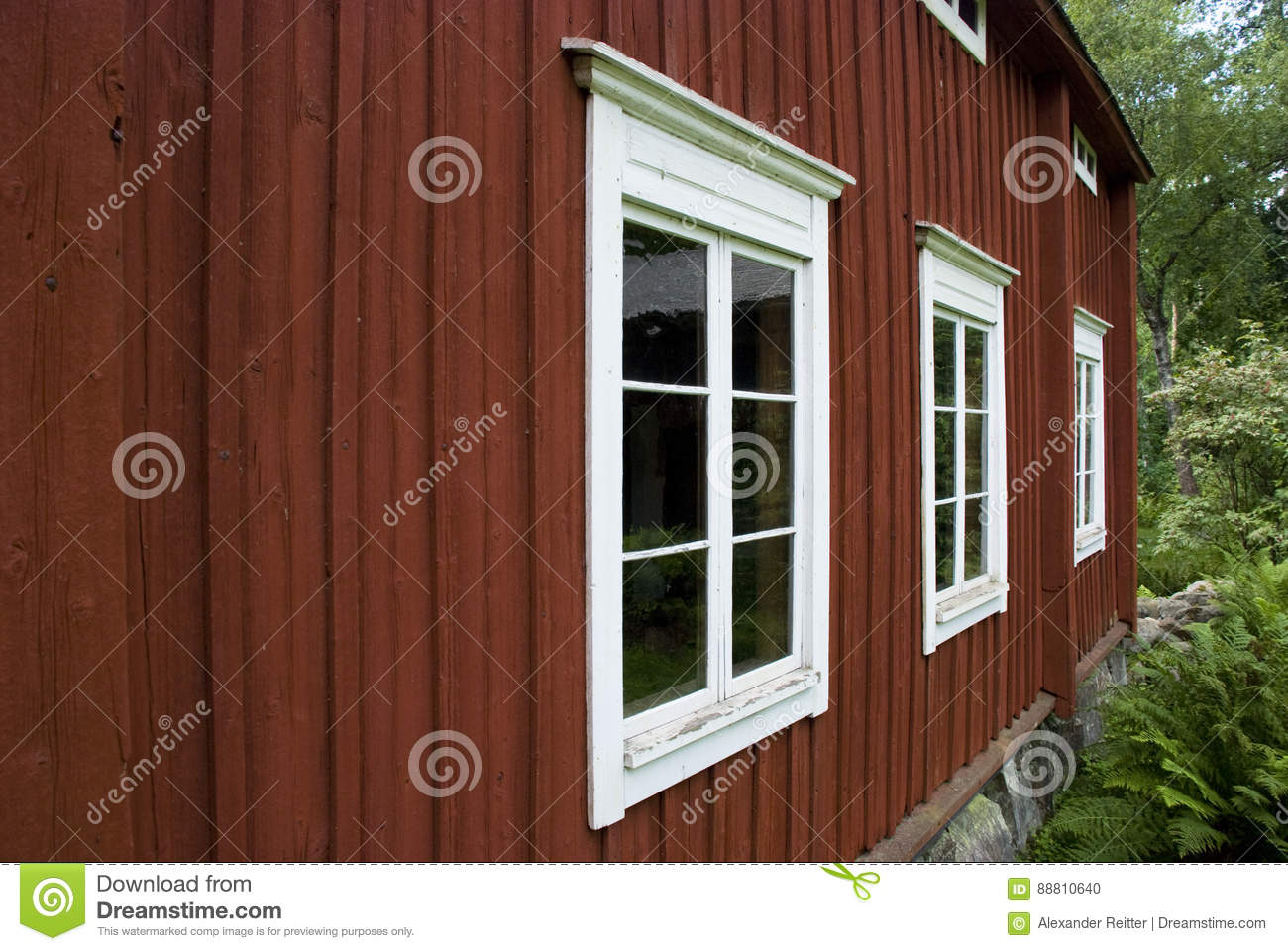 Windows for a wooden house 59