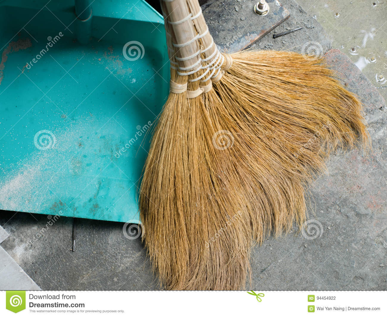 TYPICAL SOFT BROOM AND DUSTPAN Stock Photo - Image of color