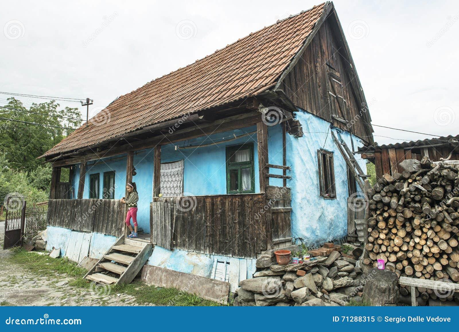 Typical wooden boats of zanzibar editorial image 85624152 - Houses maramures wood ...