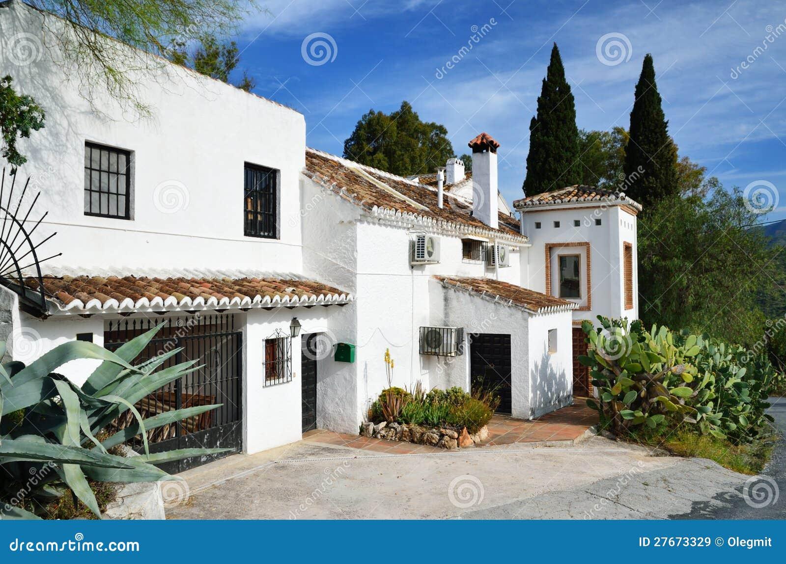 Typisch Spaans Huis Stock Afbeelding Afbeelding Bestaande