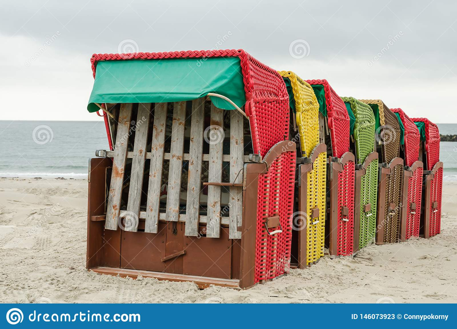 Typische deutsche Strand-Stühle