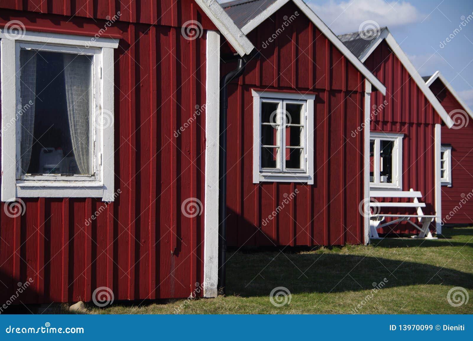 typische schwedische fischenh tten lizenzfreie stockbilder. Black Bedroom Furniture Sets. Home Design Ideas