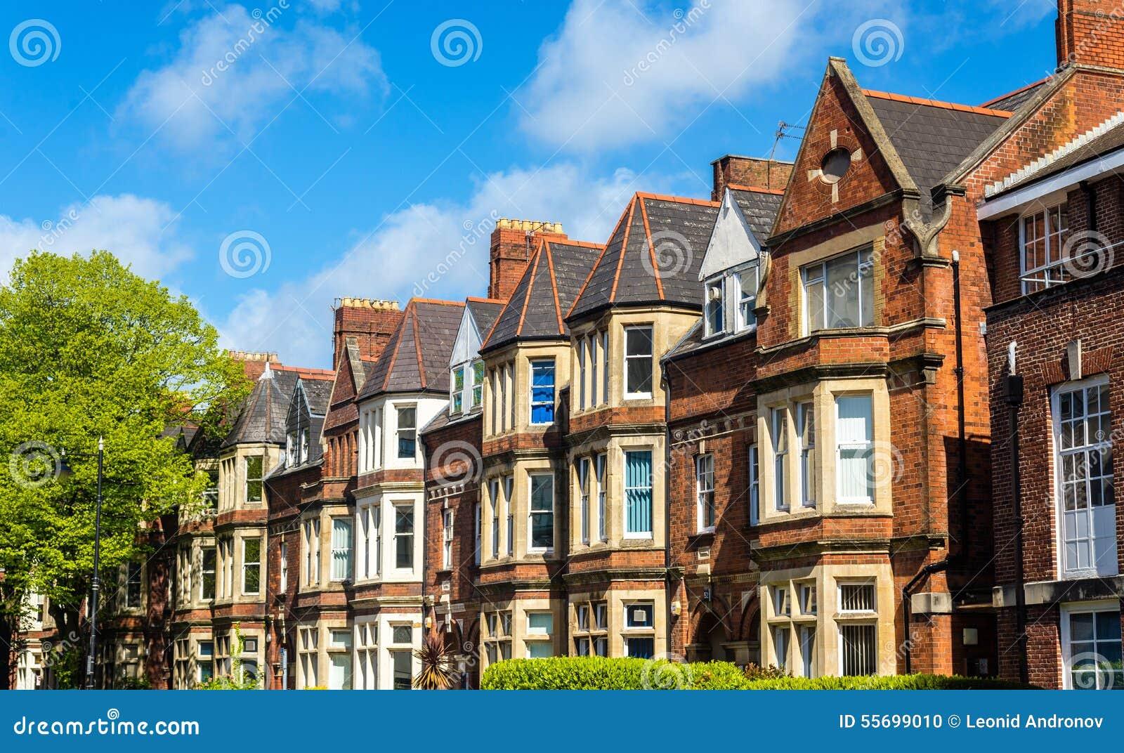 Typische woonbaksteenhuizen in Cardiff