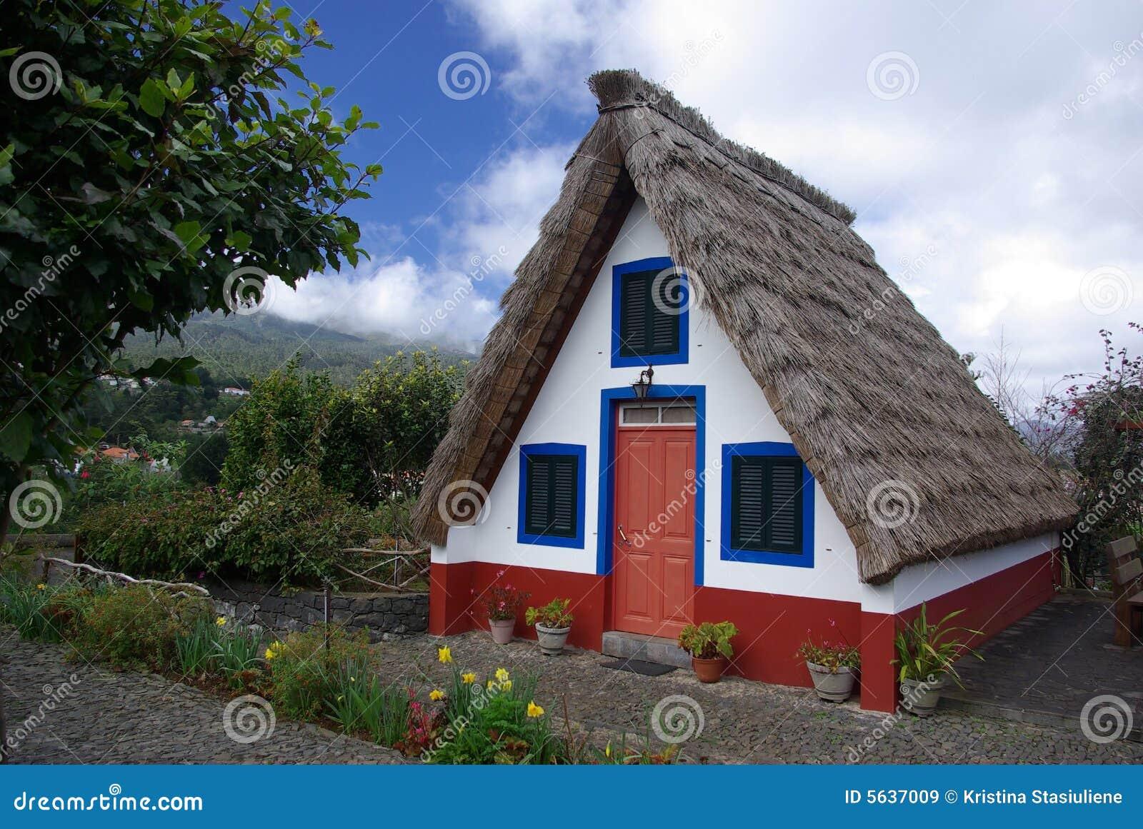Typisches madeira haus lizenzfreie stockbilder bild 5637009 for Haus in madeira
