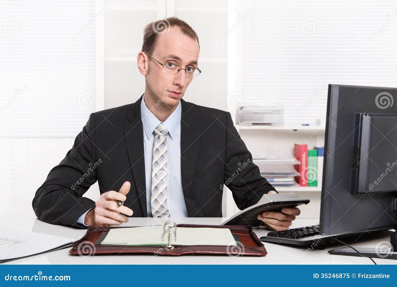 Typisk arrogant och oangenäm sitti för granskare eller för kontrollant -
