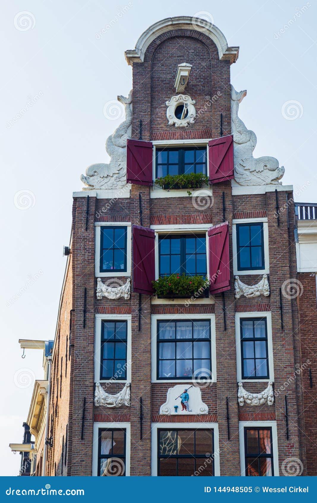 Typowy xvii wiek Amsterdam kanału dom, Kloveniersburgwal, Amsterdam
