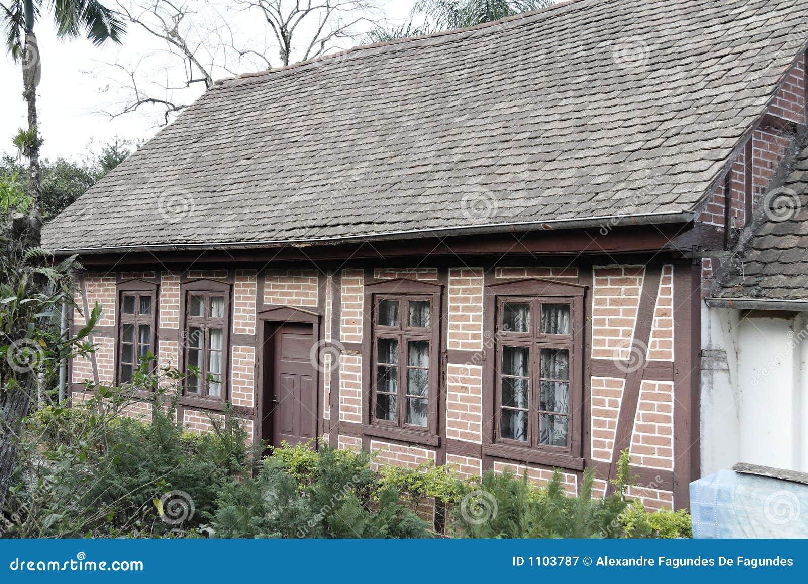 Tyskt half historiskt hus timrat typisk