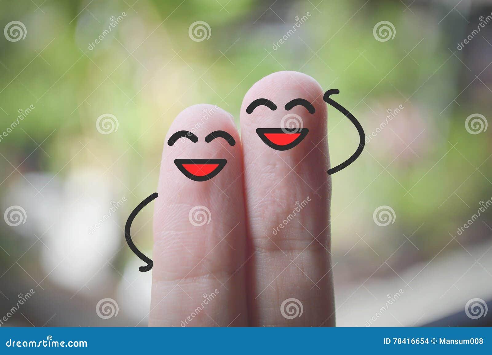 Uśmiechów palce