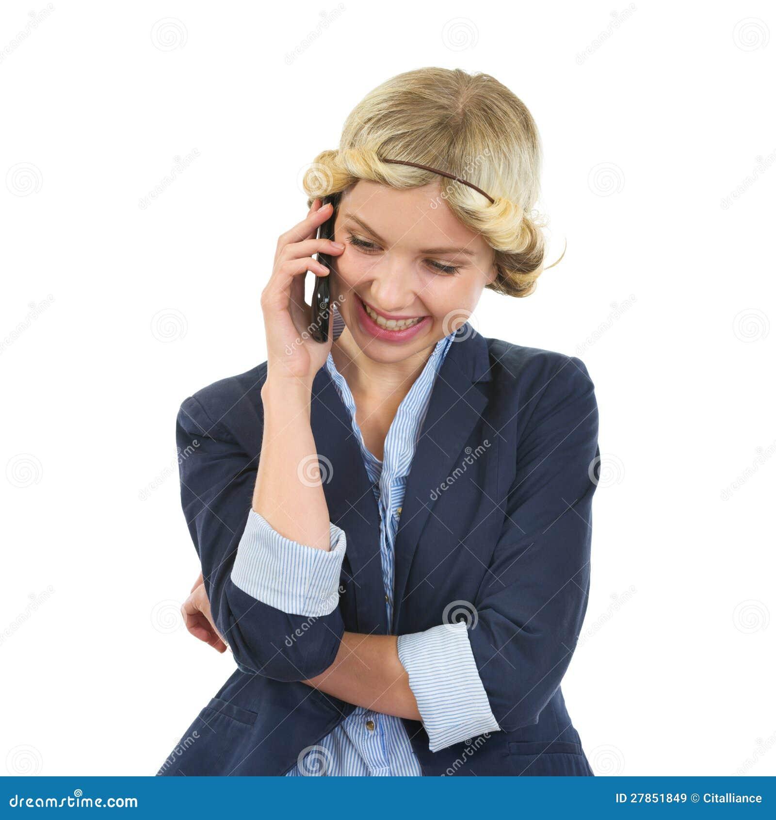 Uśmiechniętej nastoletniej dziewczyny target663_0_ telefon komórkowy