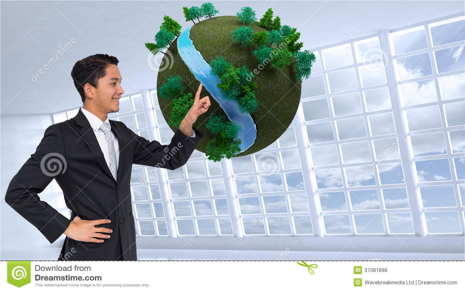 Download Uśmiechnięty Azjatykci Biznesmena Wskazywać Zdjęcie Stock - Obraz złożonej z jaskrawy, chmury: 37081898