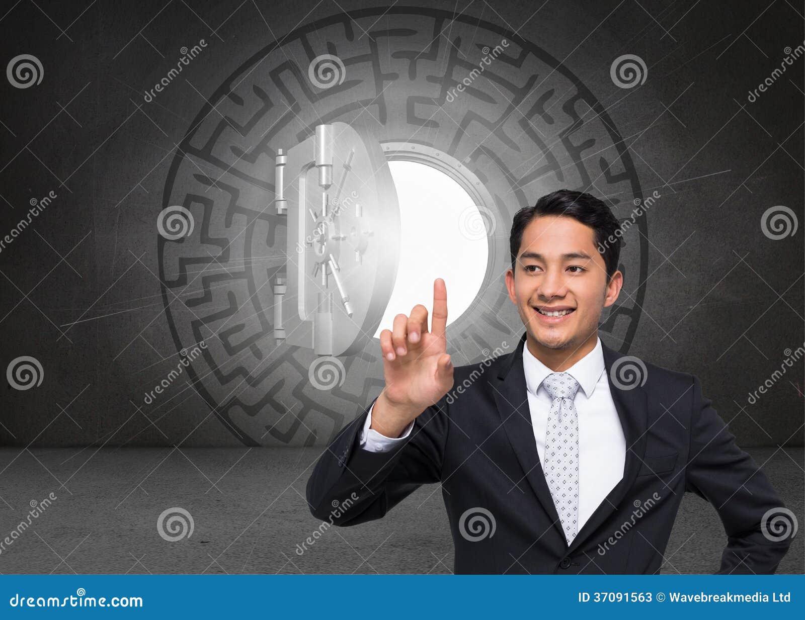 Download Uśmiechnięty Azjatykci Biznesmena Wskazywać Obraz Stock - Obraz złożonej z skrót, krypta: 37091563