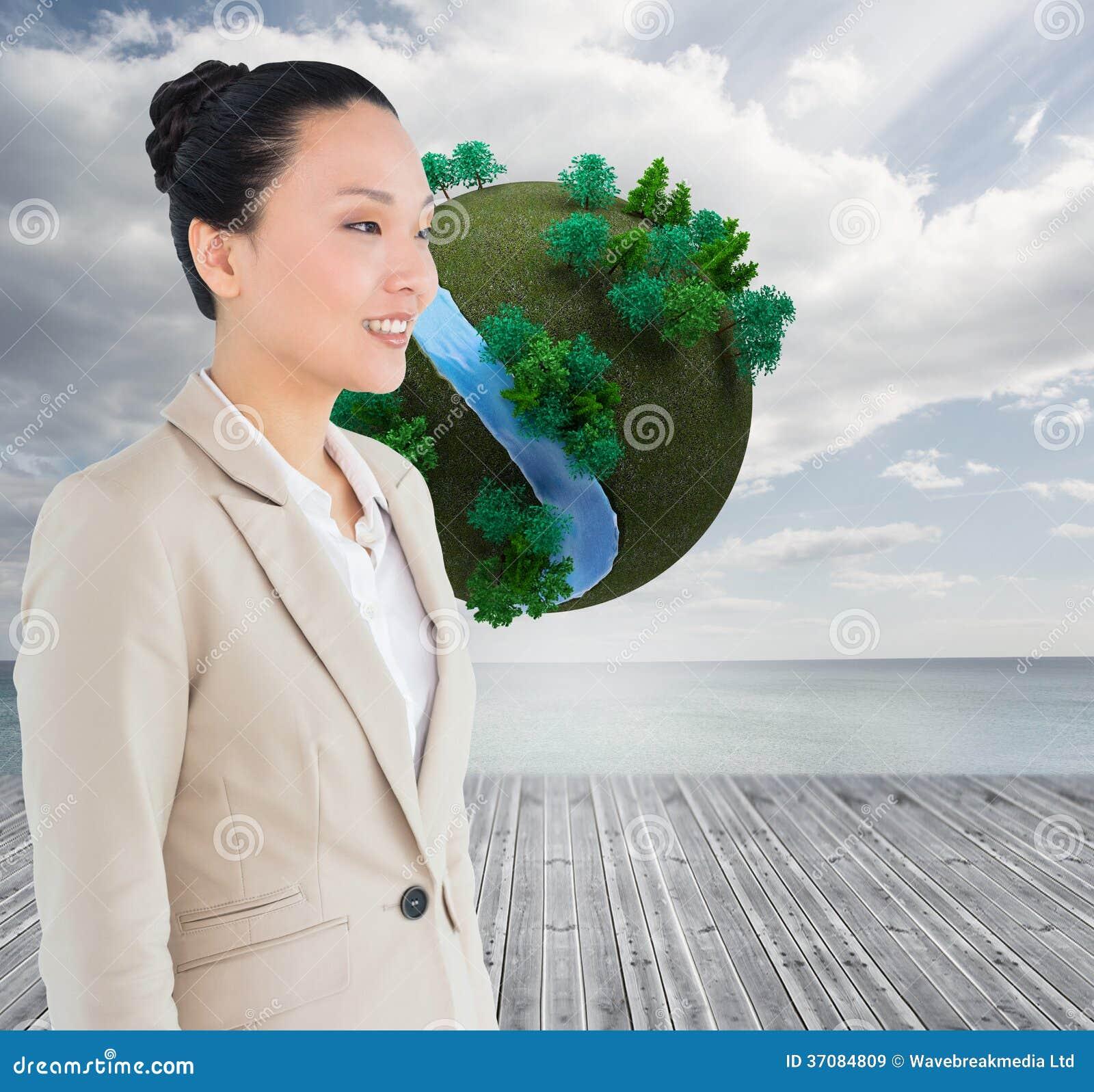 Download Uśmiechnięty Azjatykci Bizneswoman Obraz Stock - Obraz złożonej z sunshine, błękitny: 37084809