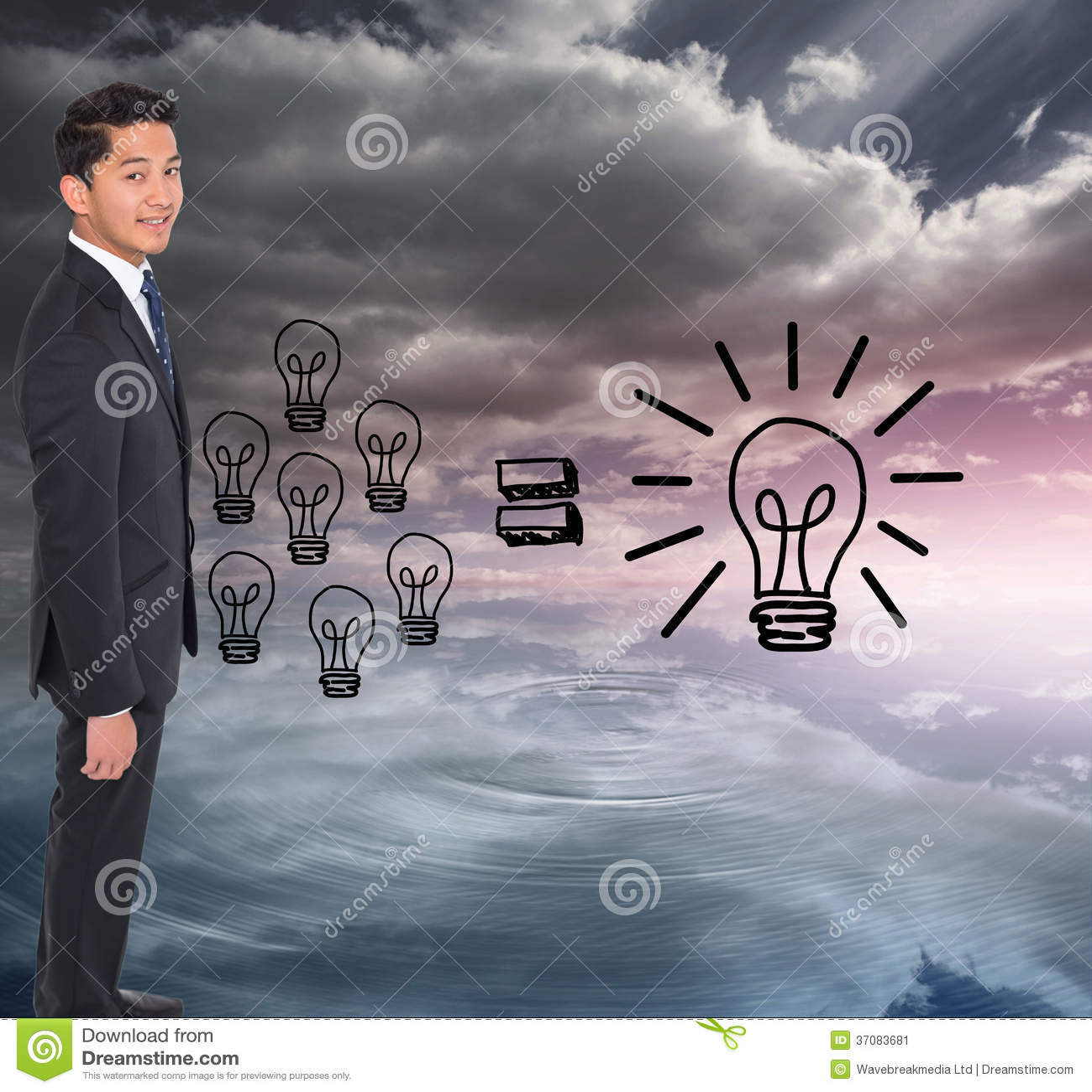 Download Uśmiechnięty Biznesmen Patrzeje Kamerę Obraz Stock - Obraz złożonej z błękitny, chmury: 37083681