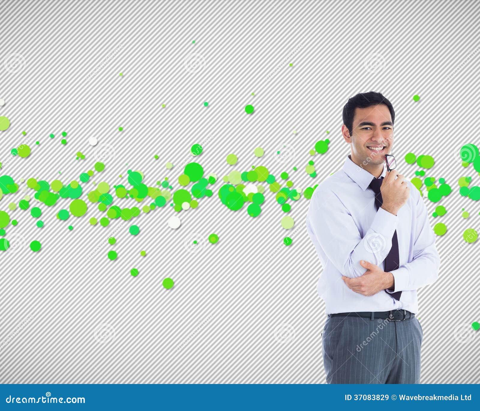 Download Uśmiechnięty Biznesmen Trzyma Szkła Ilustracji - Ilustracja złożonej z tekstura, wytwarza: 37083829