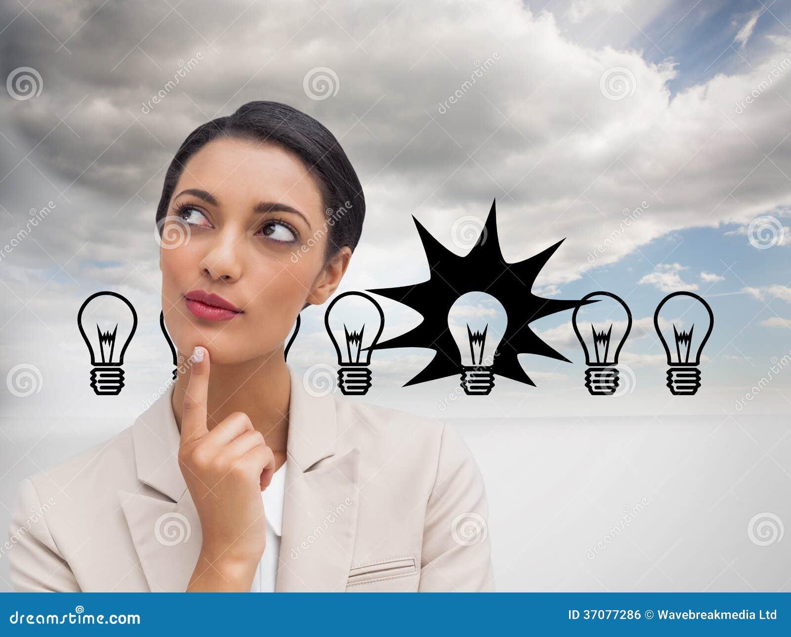 Download Uśmiechnięty Bizneswomanu Główkowanie Zdjęcie Stock - Obraz złożonej z jednostka, innovate: 37077286