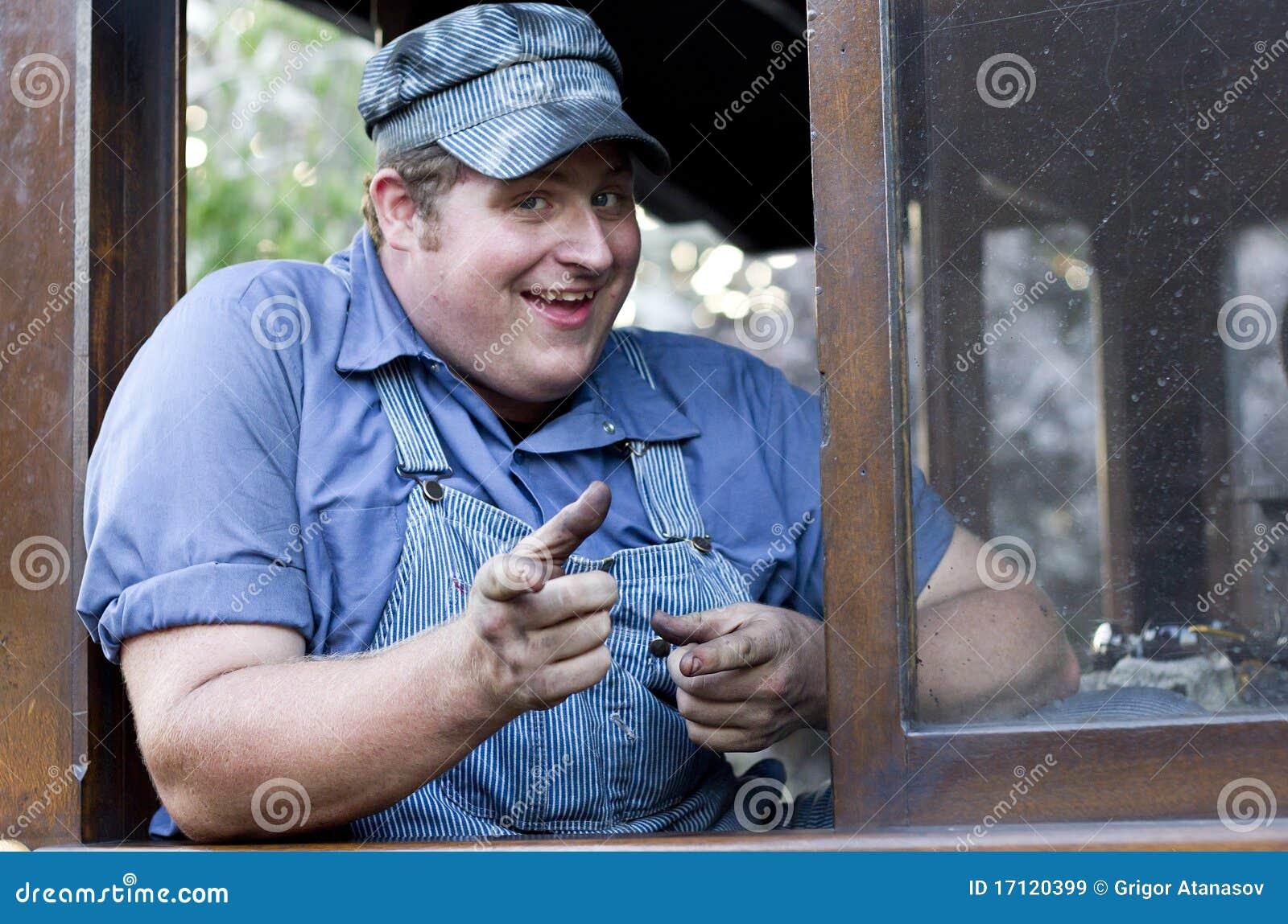 Uśmiechnięty inżyniera pociąg