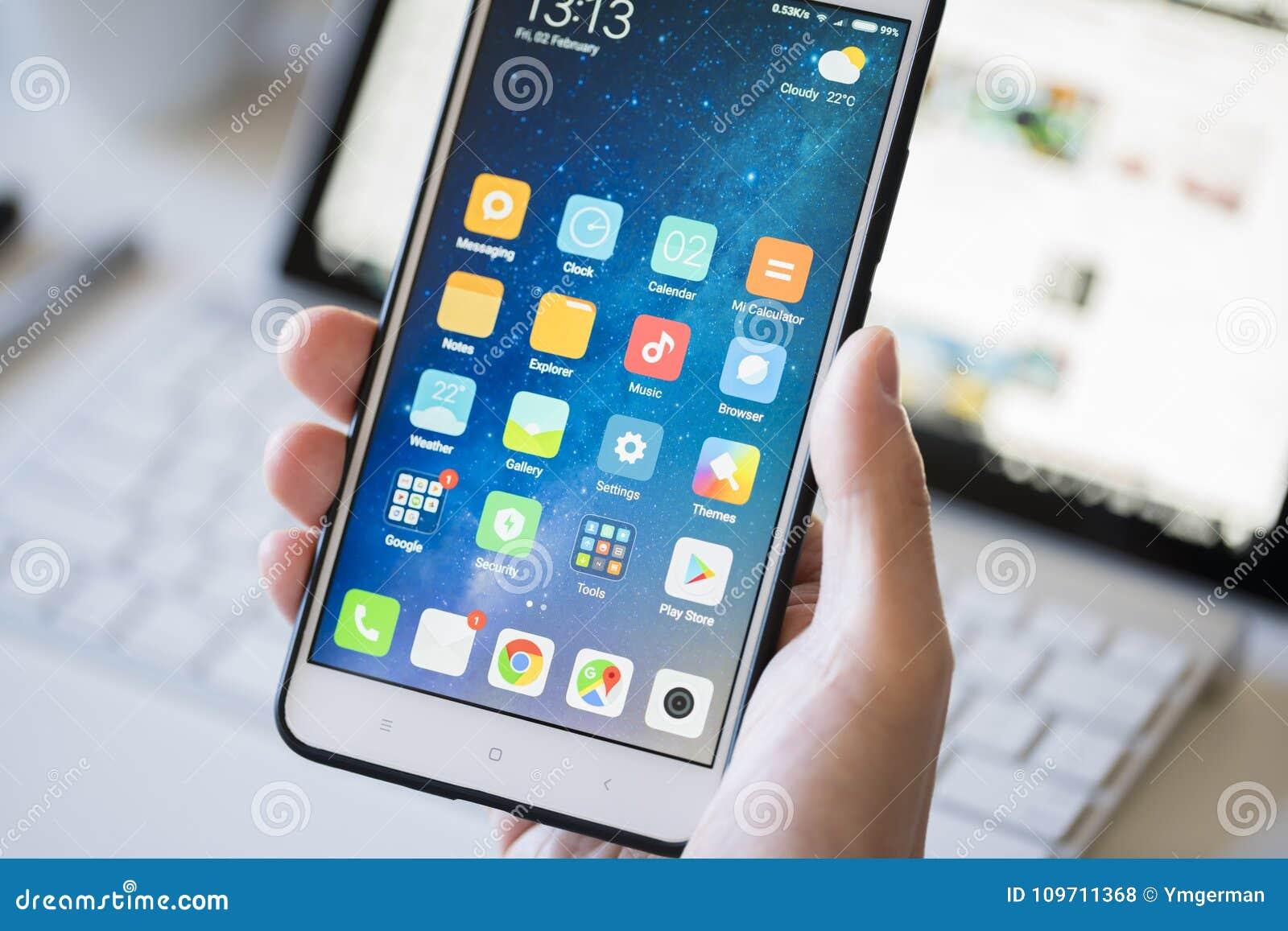Używać androidu smartphone