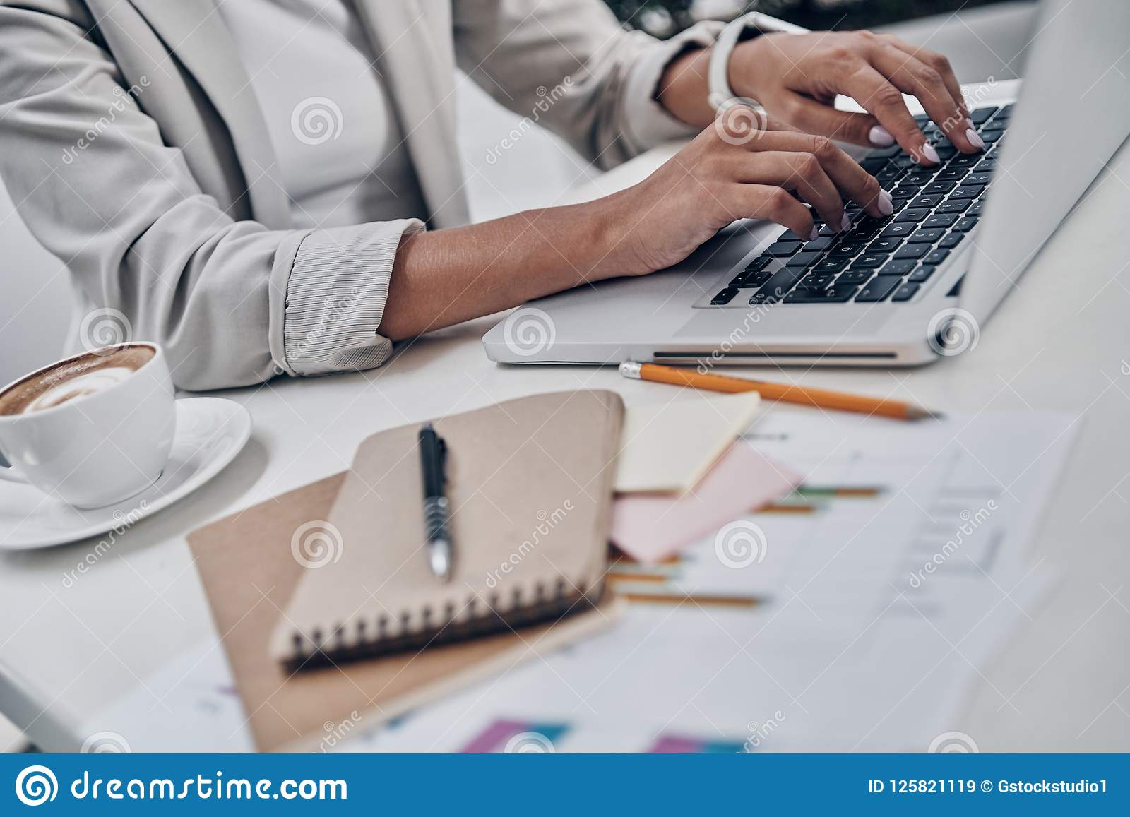 Używać technologie w biznesie