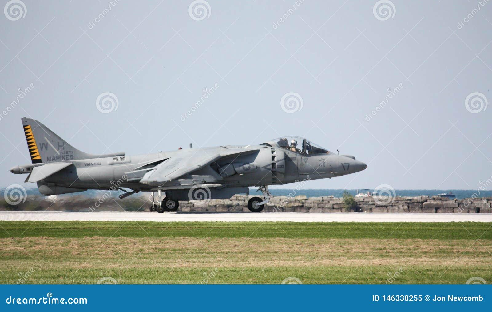 U S Harrier des marines AV-8 au salon de l aéronautique de Cleveland