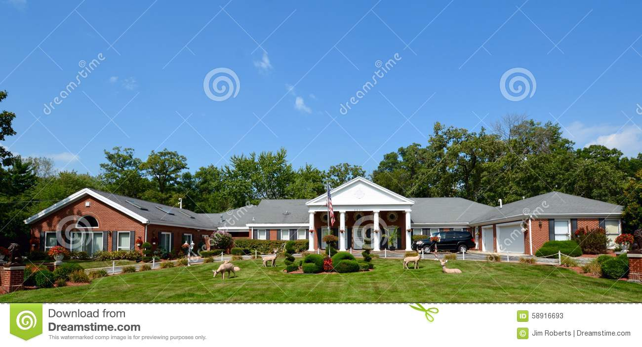 U Shaped Ranch Home Editorial Stock Photo Image 58916693