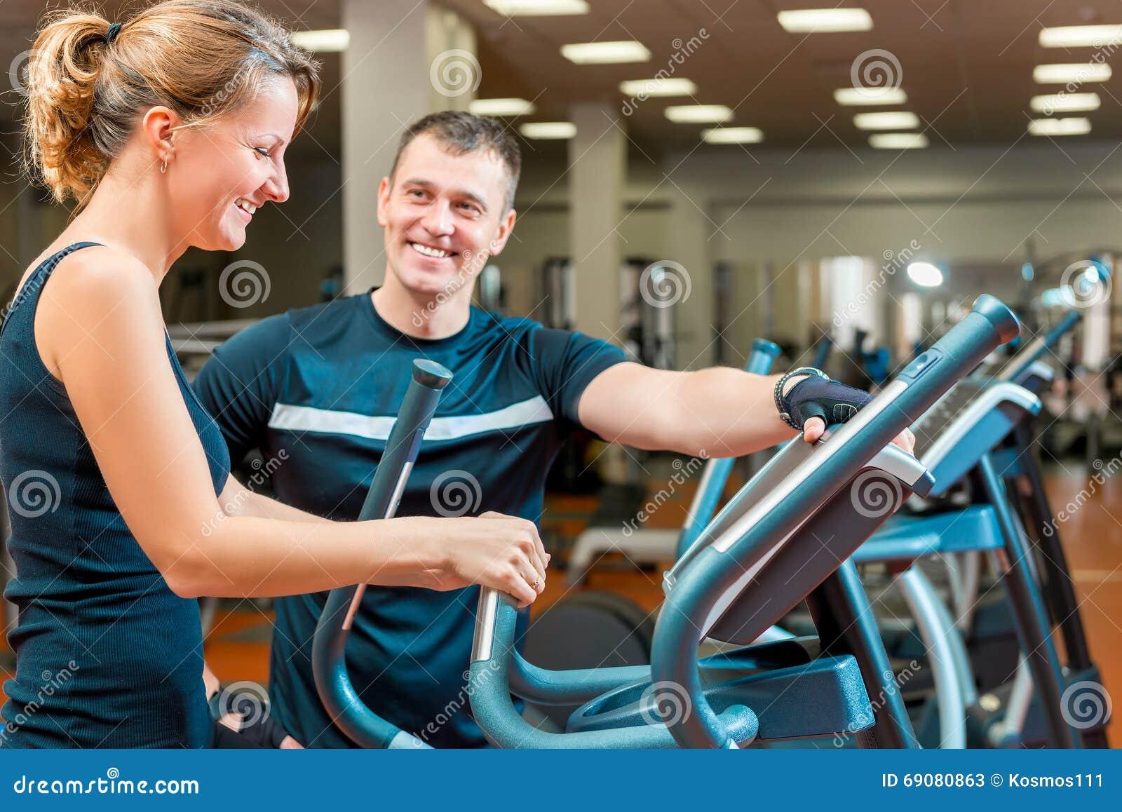 女生去健身房怎么锻炼